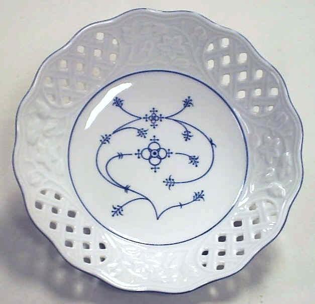 glas porzellan keramik geschenke reichenbach porzellan strohmuster. Black Bedroom Furniture Sets. Home Design Ideas